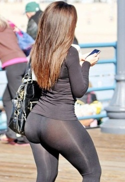 Super sexy yoga pants